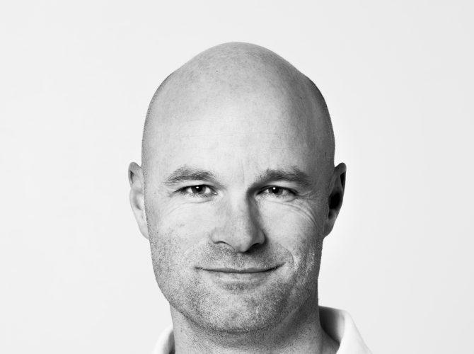 Dr. Dagfinn Aarskog